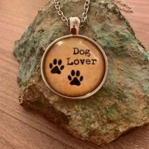 """3/$25 Dog lover with 20"""" chain"""